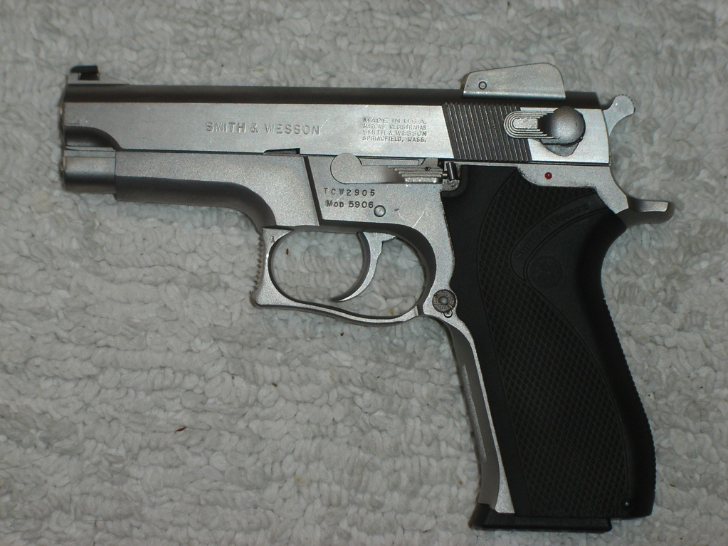S And W >> Smith And Wesson